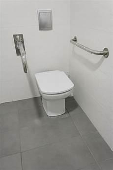 stand wc einbauen ma 223 e f 252 r toilettendeckel 187 welche unterschiede gibt es