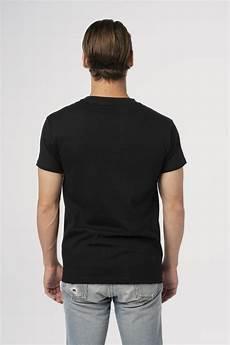 fender 174 spaghetti logo t shirt black lifestyle