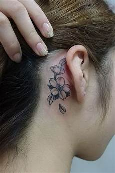 50 most beautiful behind the ear tattoos that every girl