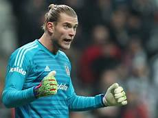 loris karius something is wrong with goalkeeper loris karius claims