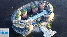 home on earth 10 most heavily guarded homes on earth