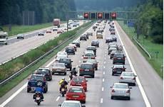 Stau Auf Der Autobahn Adac Stauprognose 7 Bis 9 Januar