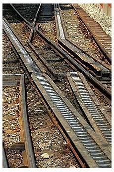 treno a cremagliera ferrovia a cremagliera