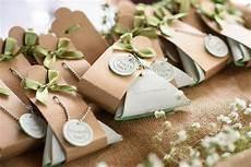 9 cheap diy wedding favor ideas on a budget