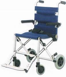 Rollstuhl Für Wohnung by Reise Rollstuhl Klappbar