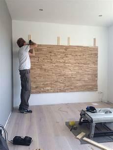 wohnzimmer tv wand ideen tv wand idee plaats panelen met steenstrips op de wand