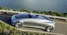 Autonomes Fahren Daimler Sieht Viele Ethische Fragen