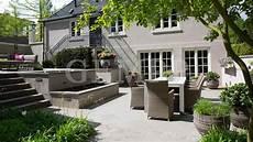 Atriumgarten Mit Wasserspielen Gartengestaltung