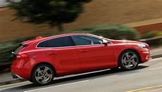 volvo v40 review 2019 what car
