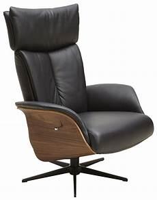 relaxsessel in schwarzem leder und nussbaum natura detroit