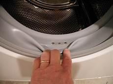 Dunkle Flecken Nach Dem Waschen In Der Waschmaschine - graue schlieren flecken nach dem waschen in der w 228 sche