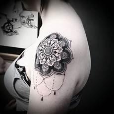 Mandala Schulter - shoulder cap mandala by brie rawlings soular