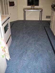 Bathroom Linoleum Tiles by Linoleum Floors And Countertops Brighten Up Dave Frances