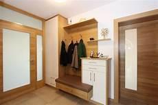 garderobe eiche eichen vorraum mit schuhauszug vorraum garderobenhaken