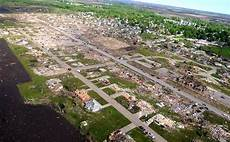 Apartments Vinton Iowa by Iowa Town Torn Apart By Deadly Weather Nbc News