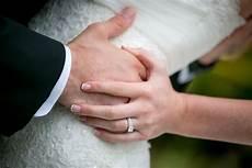 left second finger from the left the overwhelmed wedding blog socal wedding
