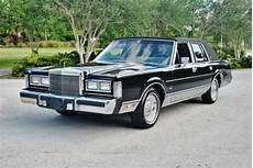 books on how cars work 1988 lincoln town car auto manual purchase used simply mint original low mileage 1988 lincoln towncar sig series sunroof loaded in