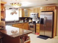 Kitchen Decorating Ideas Oak Cabinets by Kitchen And Bath Cabinets Vanities Home Decor Design Ideas