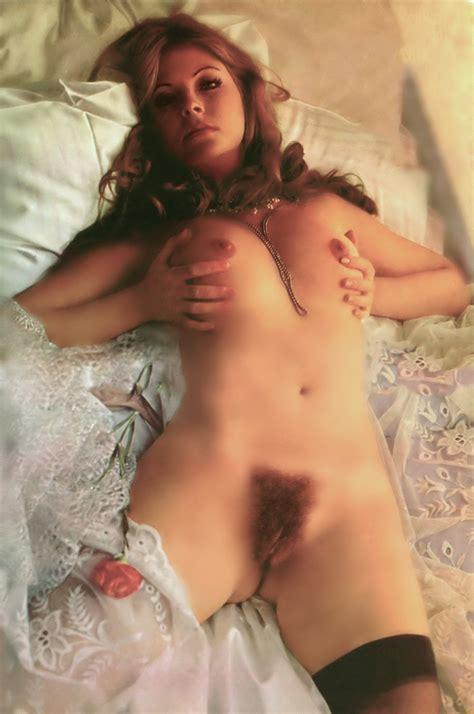 Jamie Lynn Sigler Nipple