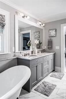 id 233 e d 233 coration salle de bain the grey cabinet paint