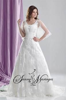 robe de mariee grandes tailles en dentelle avec manches