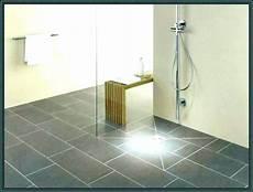 duschboden mit dichtvlies an angrenzende wand und fuaboden