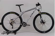 gt kashmir 9r 1 0 cross country bike 2013 the cyclery