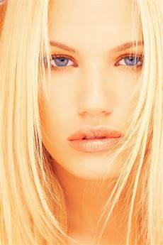 carré blond coloring your hair carra lucia books
