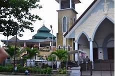 Gambar 6 Agama Indonesia Tempat Ibadahnya Documents Contoh