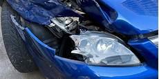 zahlt vollkasko selbst verursachten schaden unfall zahlt die versicherung auch wenn ich den unfallschaden nicht repariere k 246 lnische