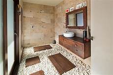 30 Exquisite And Inspired Bathrooms With Walls