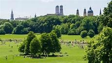parken münchen innenstadt englischer garten kunsthistorikerin fordert busse statt trams