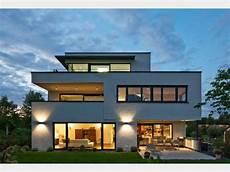 Haus Mit Glasfassade - die besten 25 bauhausstil haus ideen auf