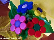 fiori con bicchieri di plastica bouquet di bottoni bouquet di fiori con tappi