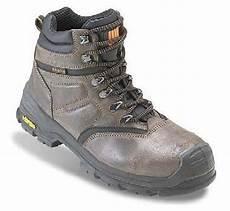prix chaussures securite ergos