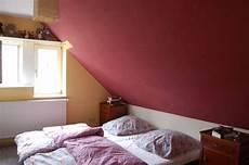 zimmer mit dachschrge farblich gestalten dekoration und