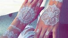 1001 Gambar Henna Putih Simple Menawan Nangri