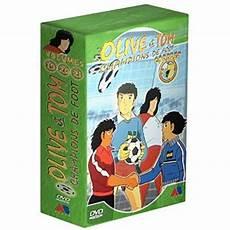 coffret olive et tom olive et tom chions de foot coffret 7 volumes 19 224