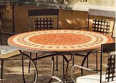 table ronde jardin 10340 table de jardin ronde et fauteuils lorny vigo salle 224 manger de jardin acier hevea