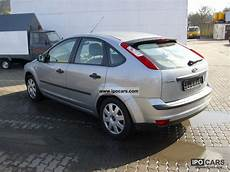 2005 ford focus 2 0 tdci trend car photo and specs