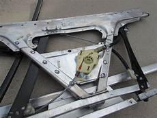 audi tt mk1 8n door frame w window regulator right