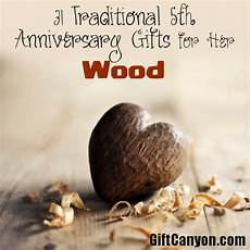 traditional 5th wedding anniversary gifts for her wood