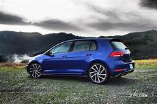 What S New For The 2018 Volkswagen Golf R Vw S Made A Few