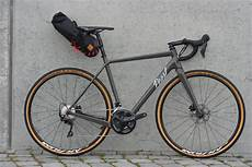 gravel bike reifen gravelbikes pearl cycles