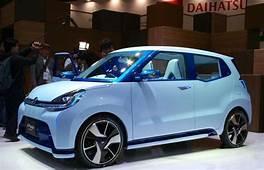 Daihatsu D Base A Four Door Hatchback That Previews The
