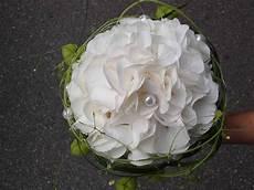 Brautstrauß Hortensien Und - brautstrauss mit hortensien in weiss und ballonranken