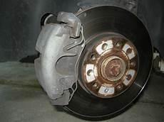 changer disque de frein clio 3 changement des disques plaquettes de freins sur a3 8p