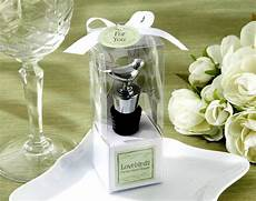 deciding on the best wedding favors for your guests a guide