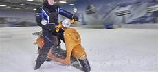 le pneu neige pour scooter invent 233 en suisse se