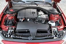 Bmw 118i Motor - foto bmw 118i sport line f20 4 zylinder twinturbo
